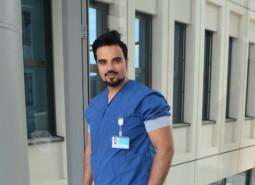 onderzoek door Drs. Kharbanda